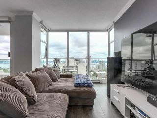 "Main Photo: 802 567 LONSDALE Avenue in North Vancouver: Lower Lonsdale Condo for sale in ""Camelia"" : MLS®# R2292482"