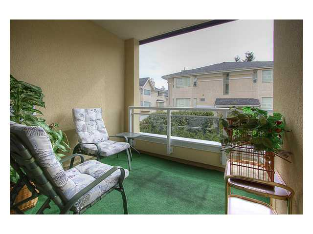 "Photo 18: 122 7251 MINORU Boulevard in Richmond: Brighouse South Condo for sale in ""THE RENAISSANCE"" : MLS® # V879983"