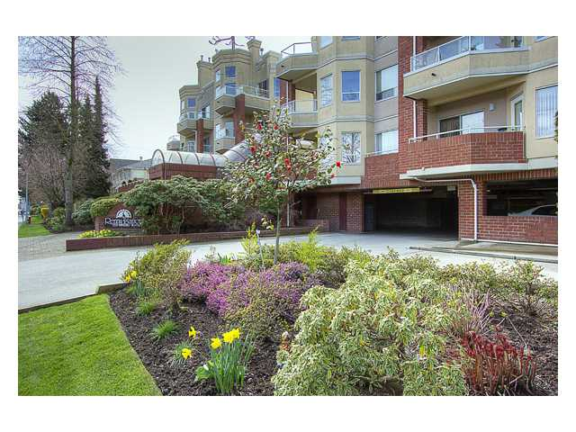 "Photo 1: 122 7251 MINORU Boulevard in Richmond: Brighouse South Condo for sale in ""THE RENAISSANCE"" : MLS® # V879983"