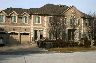 Main Photo: 236 Arnold Avenue in Vaughan: Crestwood-Springfarm-Yorkhill House (2 1/2 Storey) for sale : MLS® # N2267809
