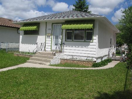 Main Photo: 1395 MCDERMOT Ave. W. in Winnipeg: Residential for sale (Weston)  : MLS(r) # 1110714