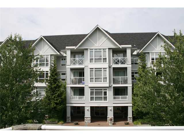 Main Photo: 102 3142 ST JOHNS Street in Port Moody: Port Moody Centre Condo for sale : MLS® # V930148