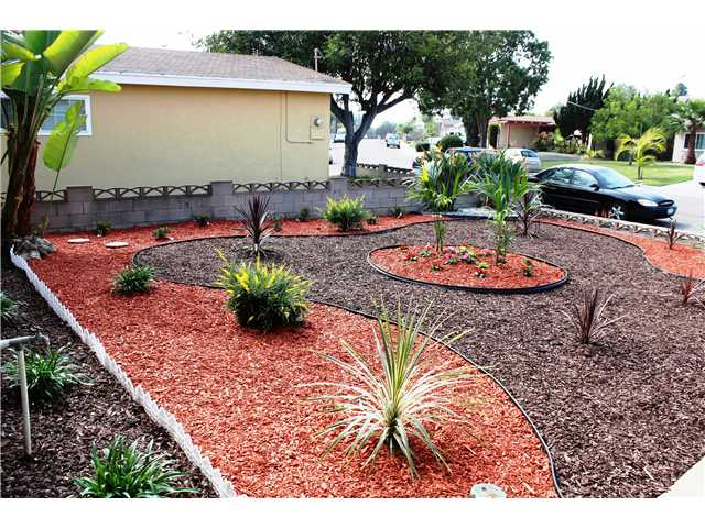 Photo 2: CHULA VISTA House for sale : 2 bedrooms : 1613 Marl Avenue