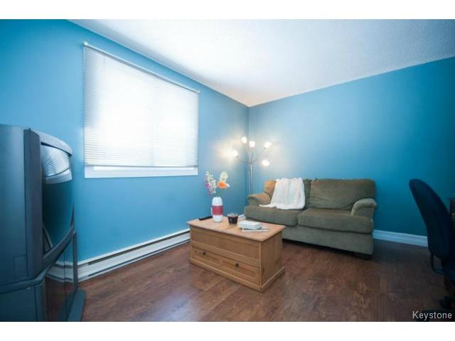 Photo 13: 476 Kenaston Boulevard in WINNIPEG: River Heights / Tuxedo / Linden Woods Condominium for sale (South Winnipeg)  : MLS® # 1403509