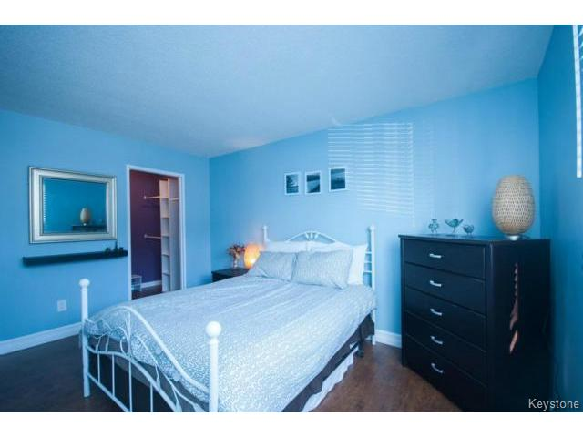 Photo 11: 476 Kenaston Boulevard in WINNIPEG: River Heights / Tuxedo / Linden Woods Condominium for sale (South Winnipeg)  : MLS® # 1403509