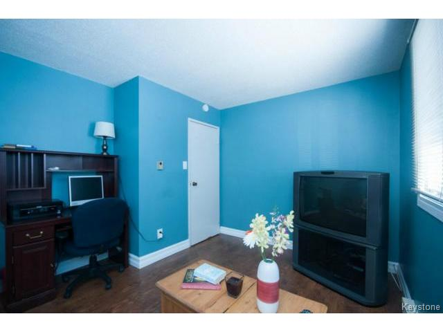 Photo 14: 476 Kenaston Boulevard in WINNIPEG: River Heights / Tuxedo / Linden Woods Condominium for sale (South Winnipeg)  : MLS® # 1403509