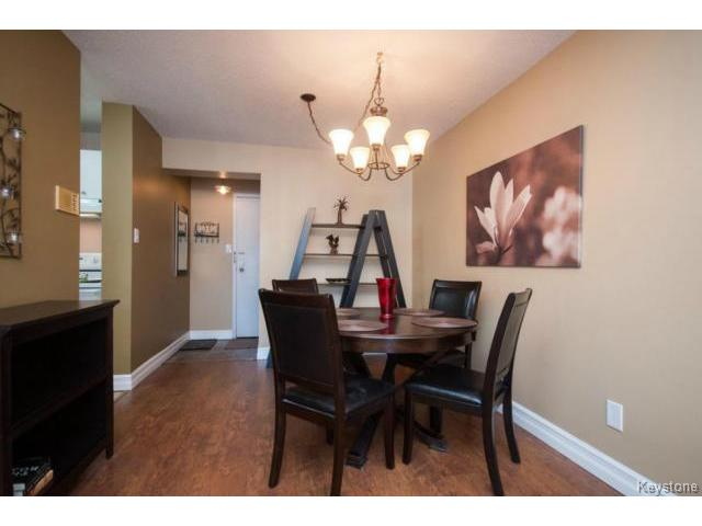 Photo 4: 476 Kenaston Boulevard in WINNIPEG: River Heights / Tuxedo / Linden Woods Condominium for sale (South Winnipeg)  : MLS® # 1403509