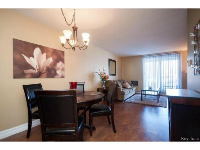 Photo 3: 476 Kenaston Boulevard in WINNIPEG: River Heights / Tuxedo / Linden Woods Condominium for sale (South Winnipeg)  : MLS® # 1403509