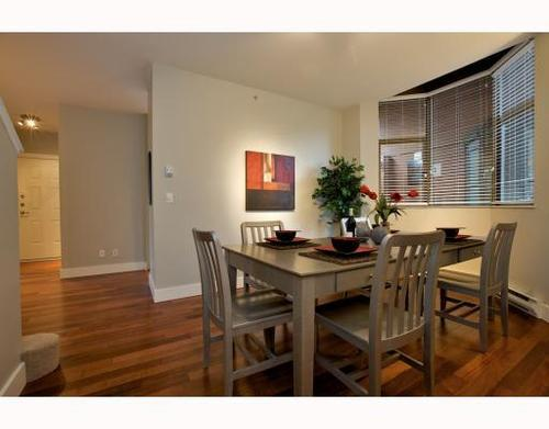 Photo 4: 1490 HORNBY Street in Vancouver West: Home for sale : MLS(r) # V803506
