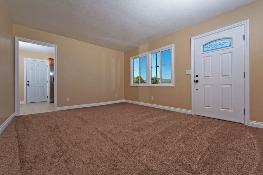 Photo 5: SANTEE House for sale : 3 bedrooms : 9452 Terrywood Road
