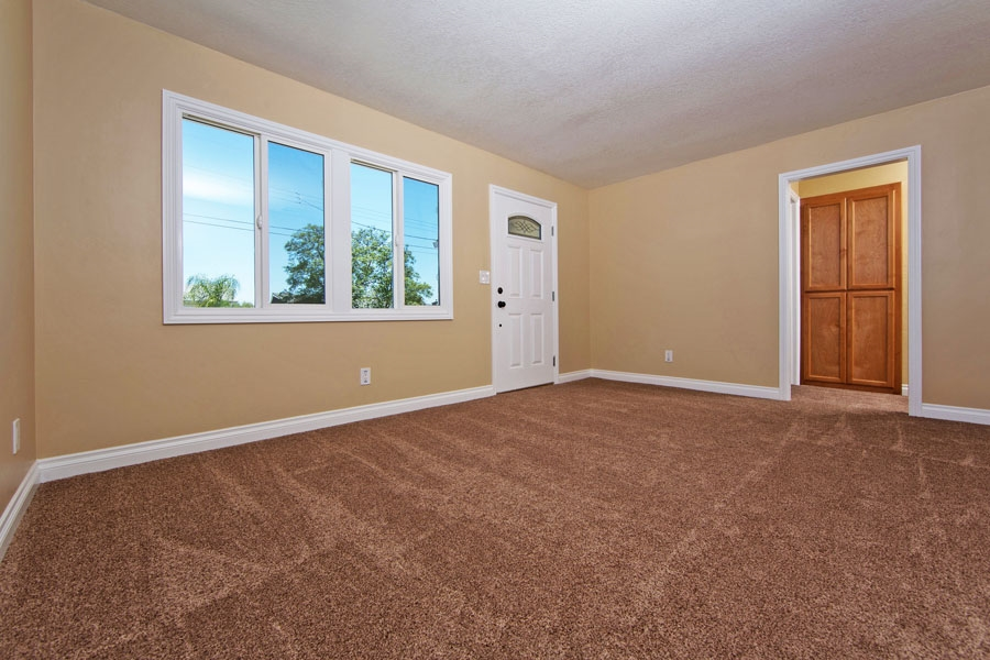 Photo 6: SANTEE House for sale : 3 bedrooms : 9452 Terrywood Road