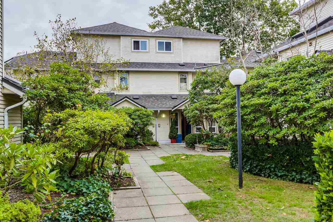 "Main Photo: 22 4321 SOPHIA Street in Vancouver: Main Townhouse for sale in ""WELTON COURT"" (Vancouver East)  : MLS® # R2000422"