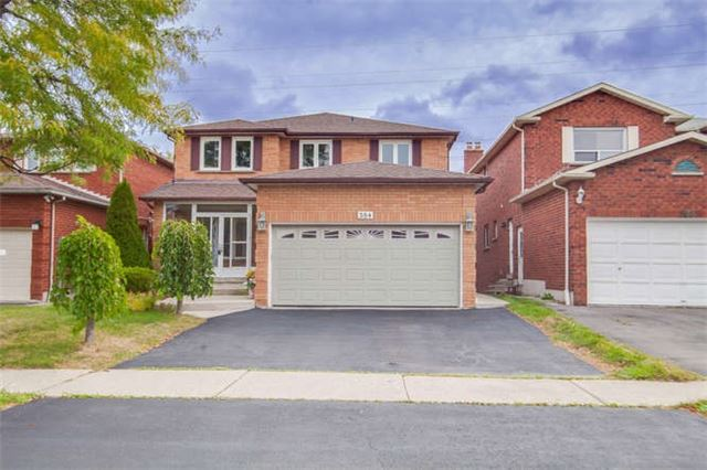 Main Photo: 584 Farwell Crest in Mississauga: Hurontario House (2-Storey) for sale : MLS(r) # W3336188