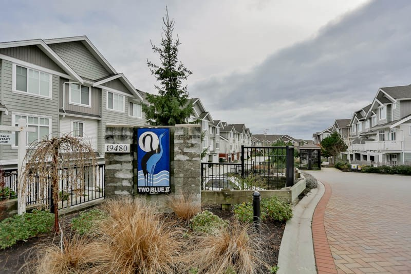 "Main Photo: 62 19480 66 Avenue in Surrey: Clayton Townhouse for sale in ""Two Blue 2"" (Cloverdale)  : MLS® # R2041432"