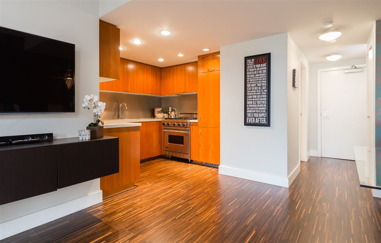 Photo 6: 313 1133 HOMER Street in Vancouver: Yaletown Condo for sale (Vancouver West)  : MLS(r) # R2070125