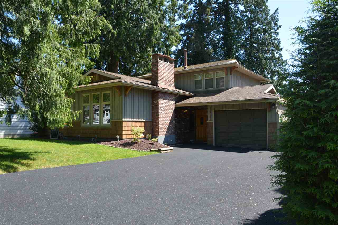 Main Photo: 14918 92A Avenue in Surrey: Fleetwood Tynehead House for sale : MLS® # R2073123