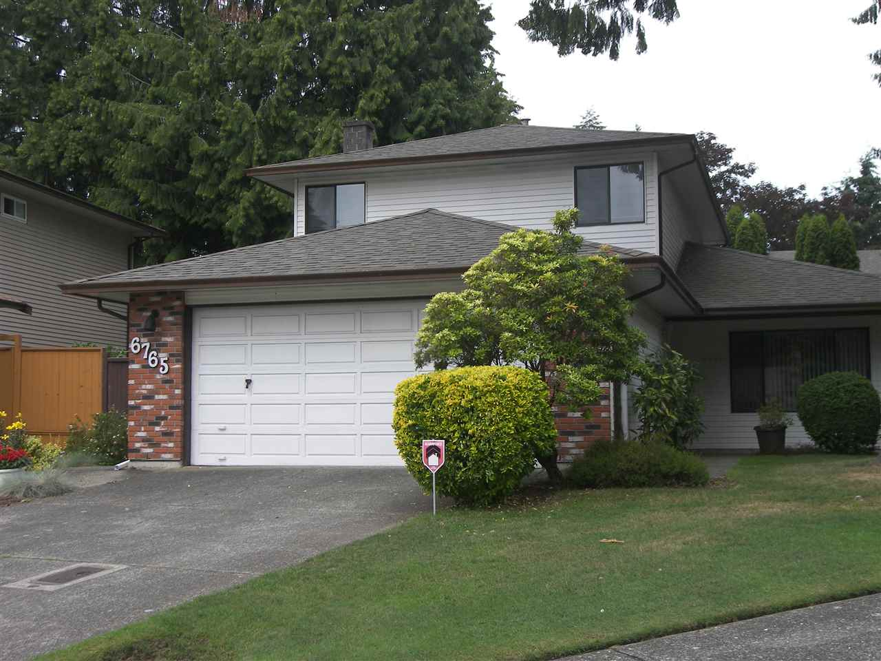 Main Photo: 6765 129TH Street in Surrey: West Newton House for sale : MLS® # R2082590