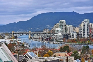 "Main Photo: 310 910 W 8TH Avenue in Vancouver: Fairview VW Condo for sale in ""FAIRVIEW"" (Vancouver West)  : MLS® # R2120251"