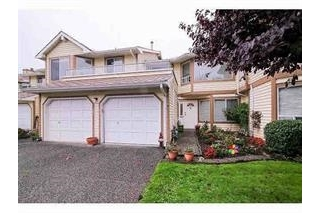 "Main Photo: 21 9259 122 Street in Surrey: Queen Mary Park Surrey Townhouse for sale in ""KENSINGTON GATES"" : MLS(r) # R2140810"