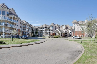 Main Photo: 310 9008 99 Avenue in Edmonton: Zone 13 Condo for sale : MLS(r) # E4063201