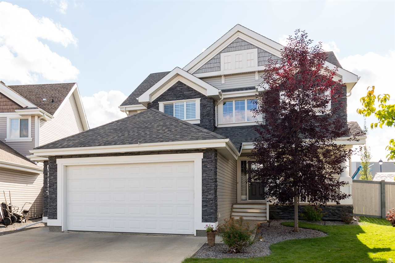 Main Photo: 946 SUMMERSIDE Link in Edmonton: Zone 53 House for sale : MLS(r) # E4066878