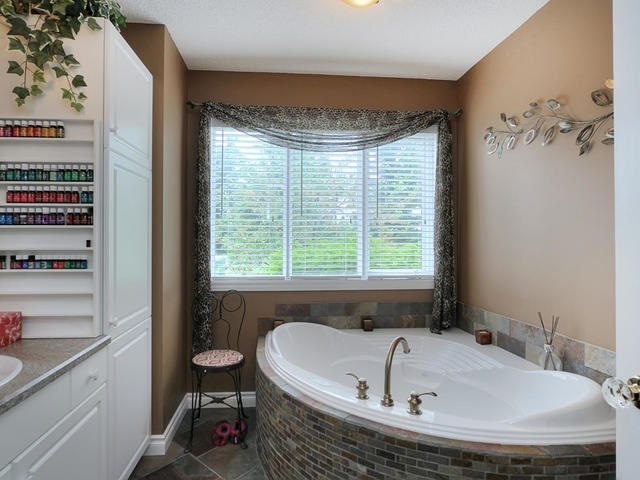 Photo 16: 17 Augusta Fairway Crescent: Stony Plain House for sale : MLS(r) # E4067565