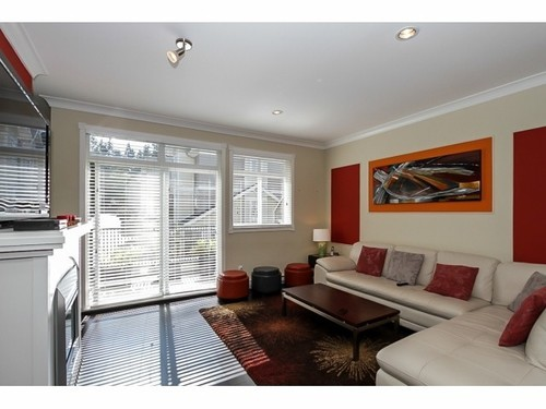 Photo 3: 19 2925 KING GEORGE Blvd in South Surrey White Rock: Home for sale : MLS(r) # F1420257