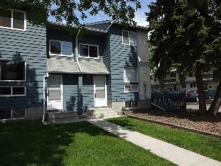 Main Photo: 3114 142 Avenue in Edmonton: Zone 35 Townhouse for sale : MLS® # E4067766