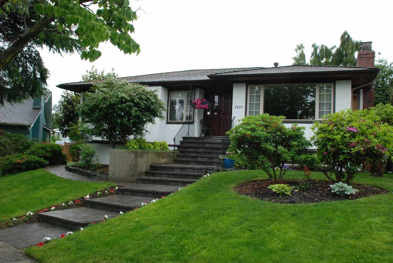 Main Photo: 7257 SHAWNEE Place in Vancouver: Fraserview VE House for sale (Vancouver East)  : MLS(r) # R2177704