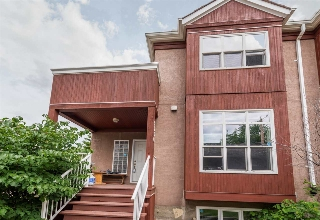 Main Photo: 9306 91 Street NW in Edmonton: Zone 18 Townhouse for sale : MLS(r) # E4069098