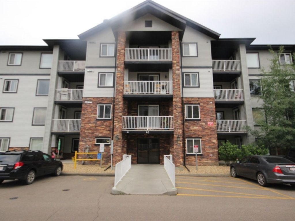Main Photo: : Sherwood Park Condo for sale : MLS(r) # E4074779