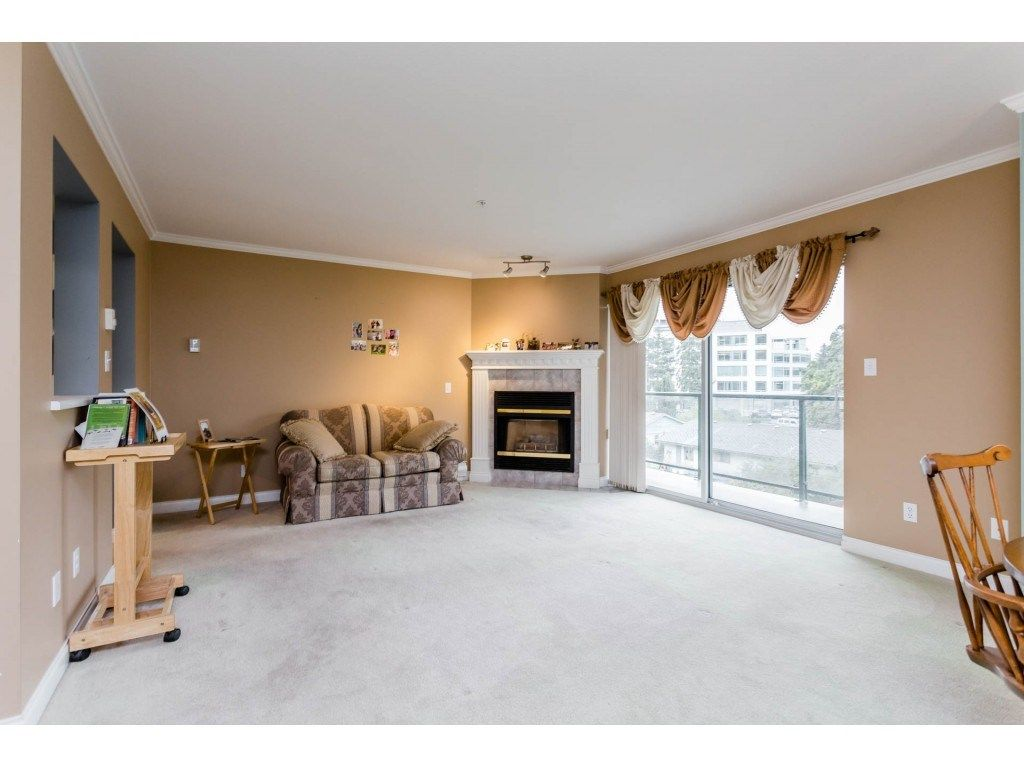 "Photo 4: Photos: 305 32044 OLD YALE Road in Abbotsford: Abbotsford West Condo for sale in ""Green Gables"" : MLS® # R2211381"