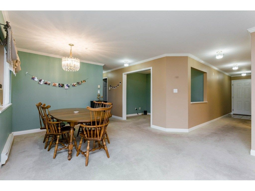 "Photo 8: Photos: 305 32044 OLD YALE Road in Abbotsford: Abbotsford West Condo for sale in ""Green Gables"" : MLS® # R2211381"