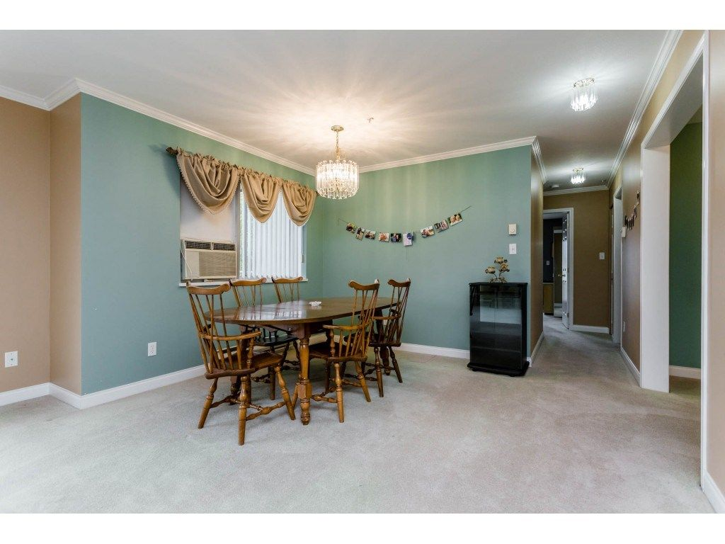 "Photo 9: Photos: 305 32044 OLD YALE Road in Abbotsford: Abbotsford West Condo for sale in ""Green Gables"" : MLS® # R2211381"