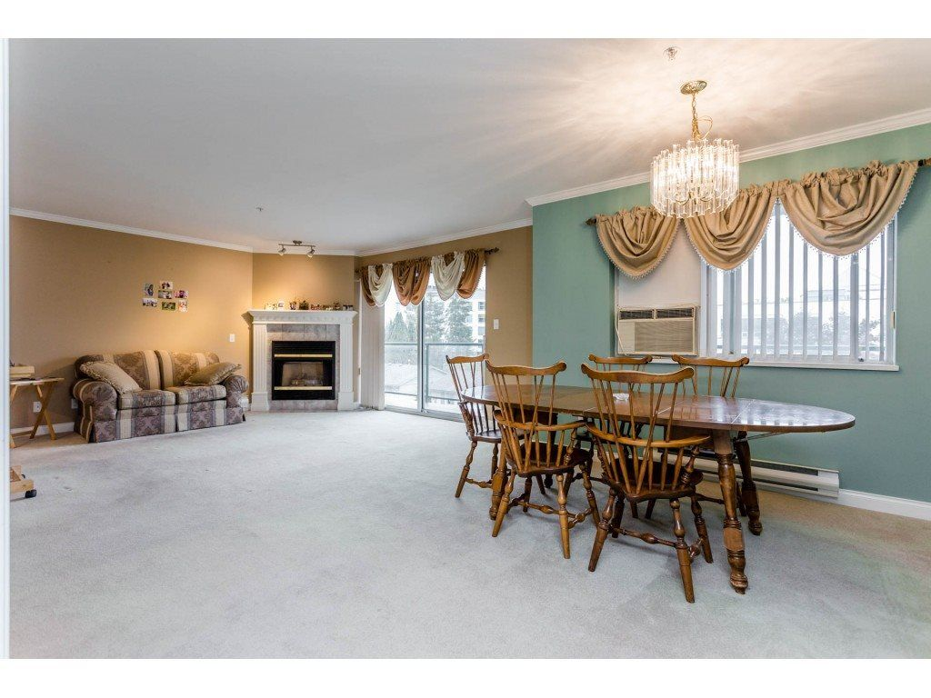 "Photo 7: Photos: 305 32044 OLD YALE Road in Abbotsford: Abbotsford West Condo for sale in ""Green Gables"" : MLS® # R2211381"