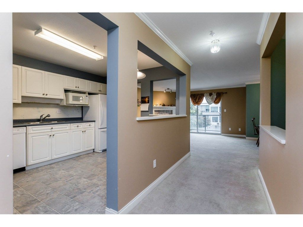 "Photo 17: Photos: 305 32044 OLD YALE Road in Abbotsford: Abbotsford West Condo for sale in ""Green Gables"" : MLS® # R2211381"