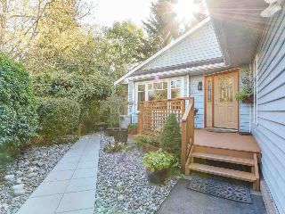 Main Photo: 2834 MCCOOMB Drive in Coquitlam: Eagle Ridge CQ House for sale : MLS®# R2211542