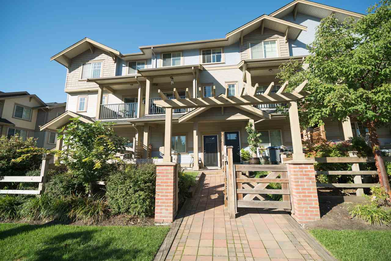 "Main Photo: 48 9533 130A Street in Surrey: Queen Mary Park Surrey Townhouse for sale in ""Blossom Court"" : MLS® # R2212507"