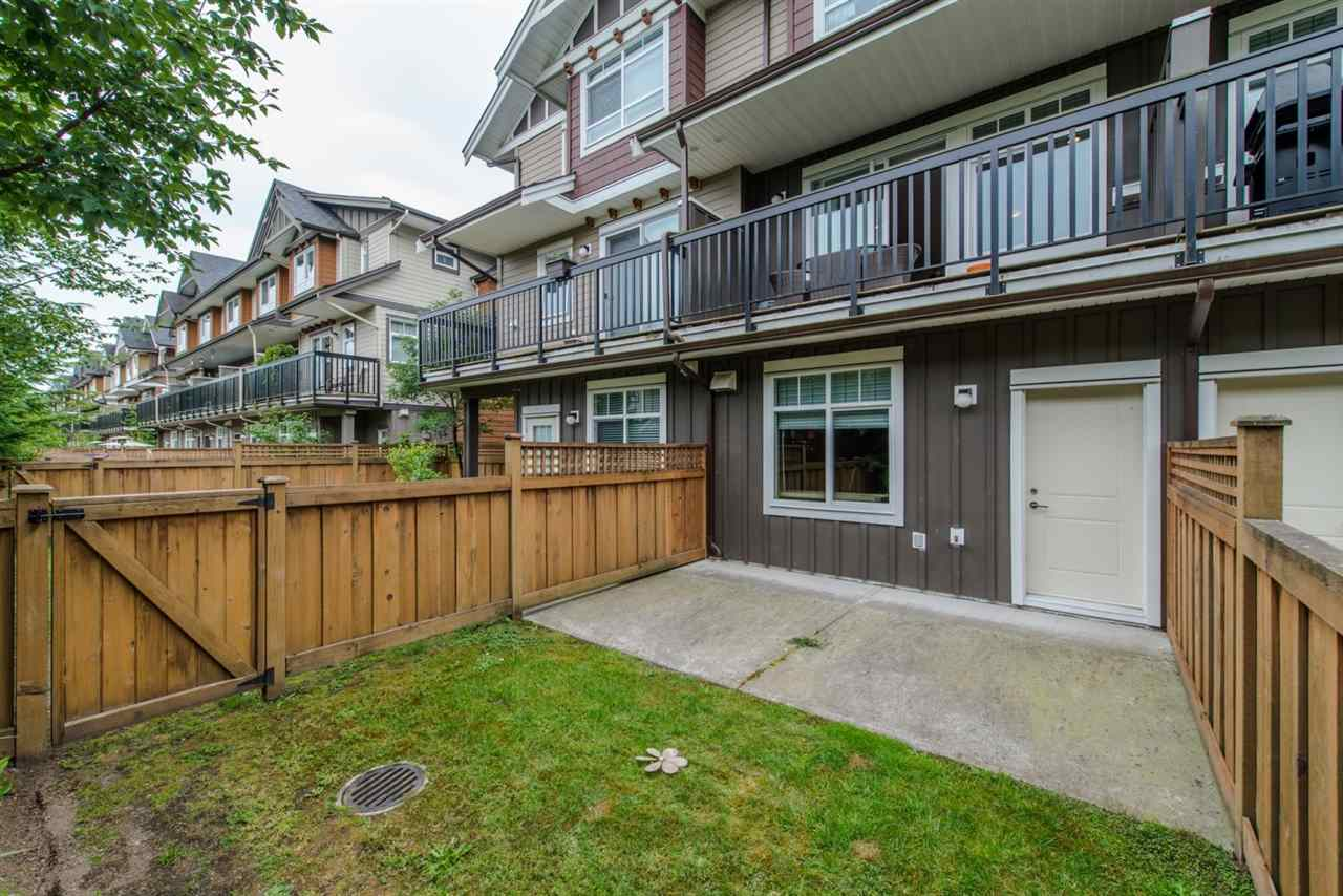 "Photo 6: Photos: 110 2979 156 Street in Surrey: Grandview Surrey Townhouse for sale in ""Enclave"" (South Surrey White Rock)  : MLS® # R2220083"