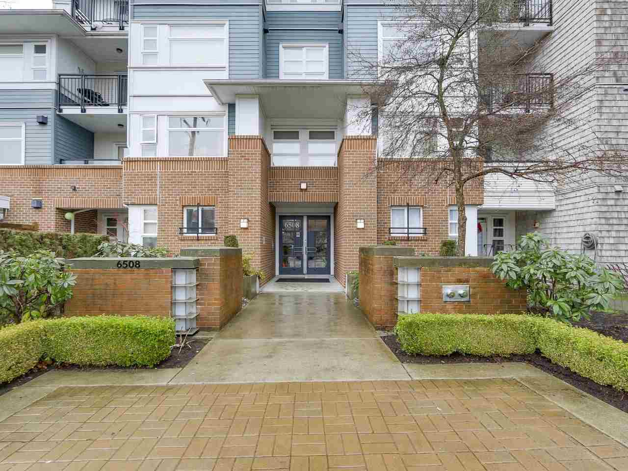 Main Photo: 206 6508 DENBIGH Avenue in Burnaby: Forest Glen BS Condo for sale (Burnaby South)  : MLS® # R2231512