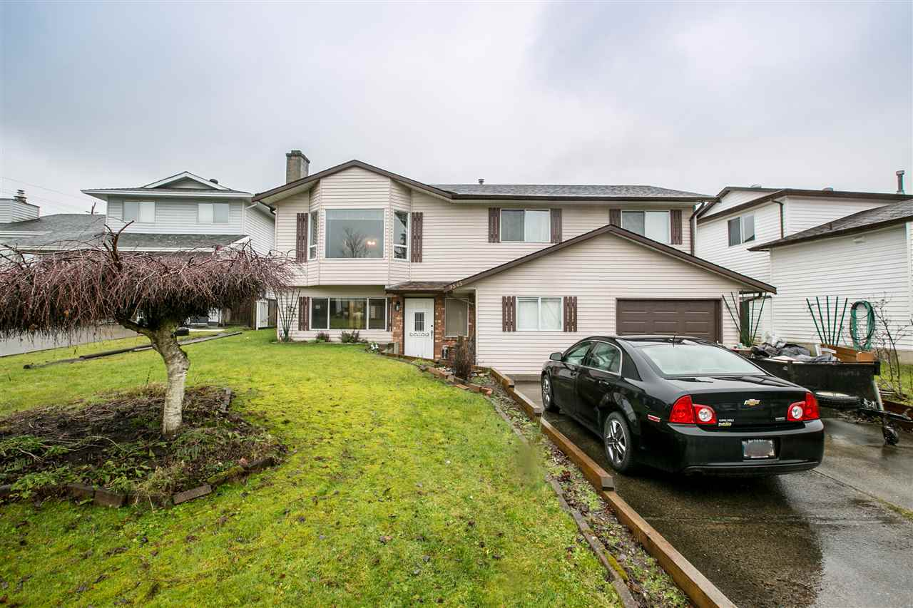 Main Photo: 9545 212B Street in Langley: Walnut Grove House for sale : MLS® # R2234833