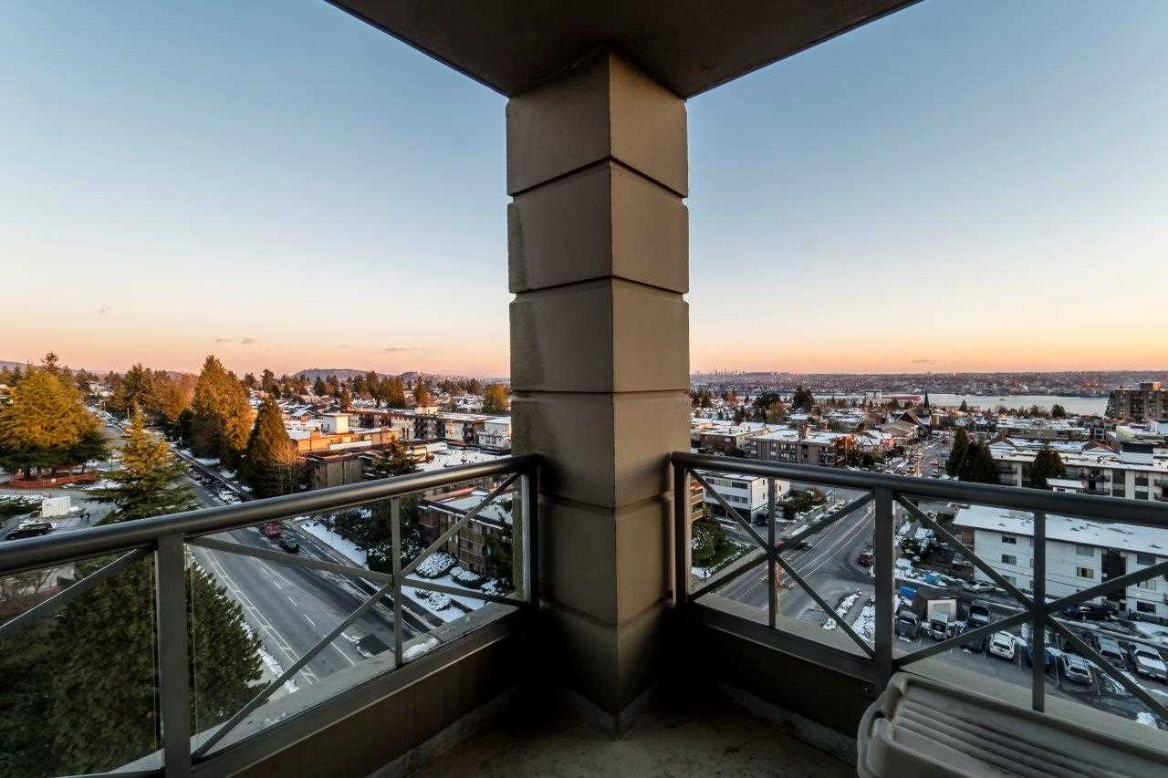 "Photo 11: Photos: 1004 160 E 13 Street in North Vancouver: Central Lonsdale Condo for sale in ""The Grande"" : MLS® # R2241390"