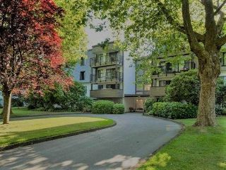 "Main Photo: 109 8880 NO 1 Road in Richmond: Boyd Park Condo for sale in ""APPLE GREENE PARK"" : MLS® # R2241739"