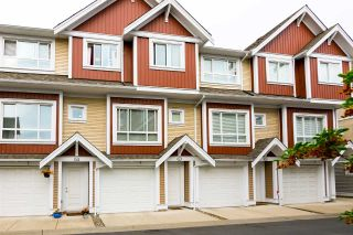 "Main Photo: 31 7298 199A Street in Langley: Willoughby Heights Townhouse for sale in ""York"" : MLS®# R2298786"