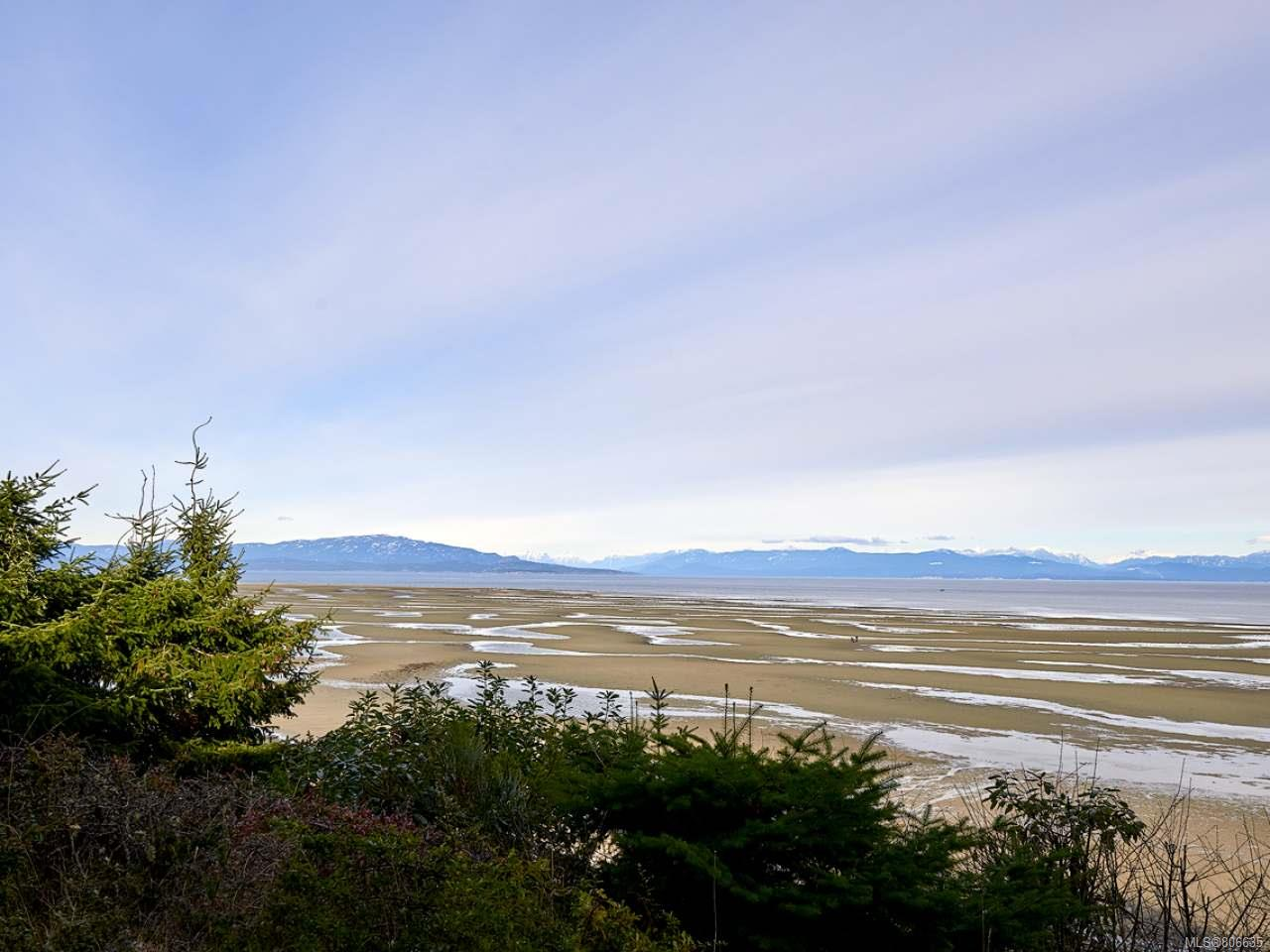 FEATURED LISTING: 135 - 1155 Resort Dr PARKSVILLE