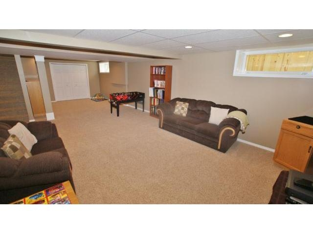 Photo 17: 71 Helen Mayba Crescent in Winnipeg: Transcona Residential for sale (North East Winnipeg)  : MLS(r) # 1219010