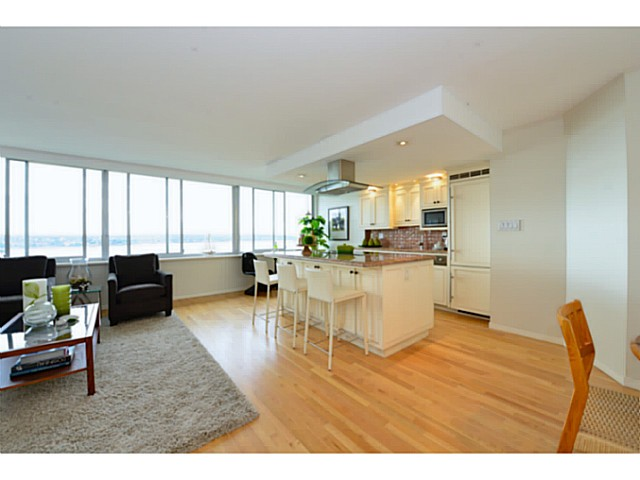 "Photo 2: 1503 1835 MORTON Avenue in Vancouver: West End VW Condo for sale in ""Ocean Towers"" (Vancouver West)  : MLS(r) # V1069708"