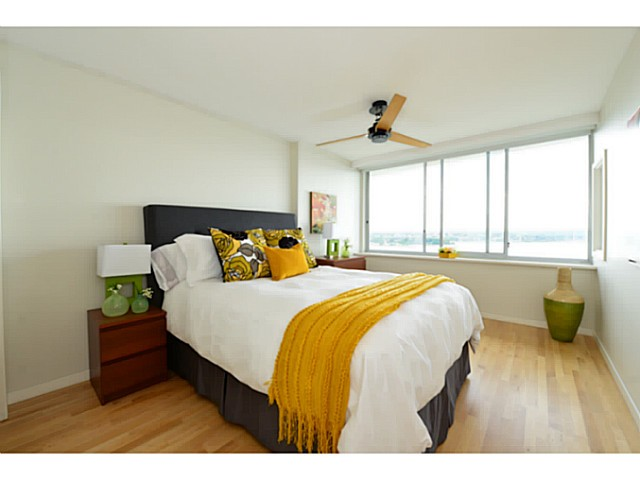 "Photo 10: 1503 1835 MORTON Avenue in Vancouver: West End VW Condo for sale in ""Ocean Towers"" (Vancouver West)  : MLS(r) # V1069708"