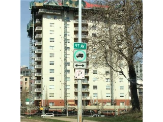 Main Photo:  in Edmonton: Zone 12 Condo for sale : MLS(r) # E3403901