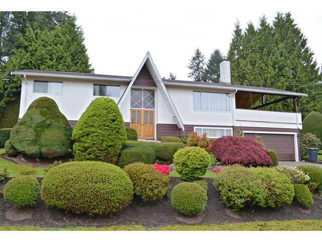 "Main Photo: 2985 LAZY A Street in Coquitlam: Ranch Park House for sale in ""RANCH PARK"" : MLS® # V1116556"